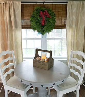 Christmas Wreath Giveaway!