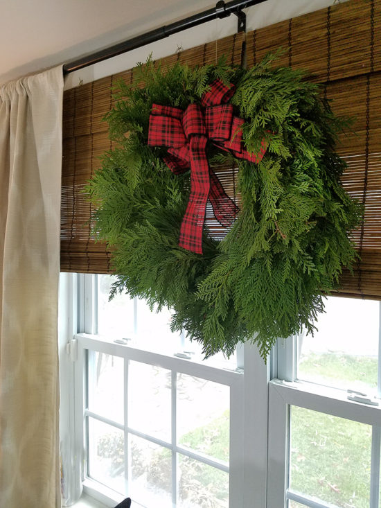 Christmas Wreath Christmas Decorating Ideas and a Giveaway