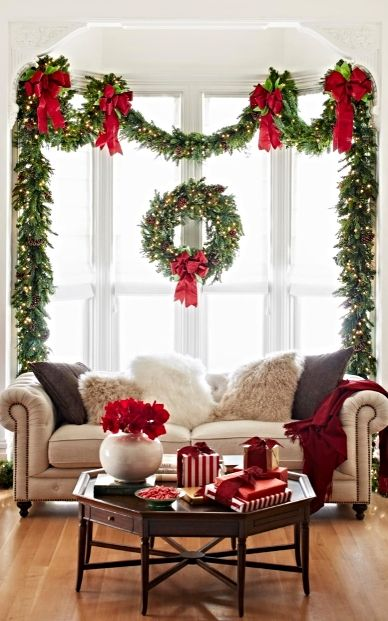 christmas-decorating-with-fresh-greens