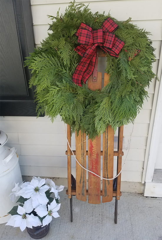 three-cedars-wreath-giveaway