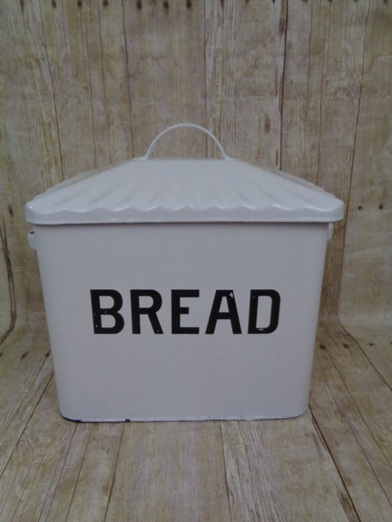 Vintage Bread Box Farmhouse Gift Ideas from Etsy