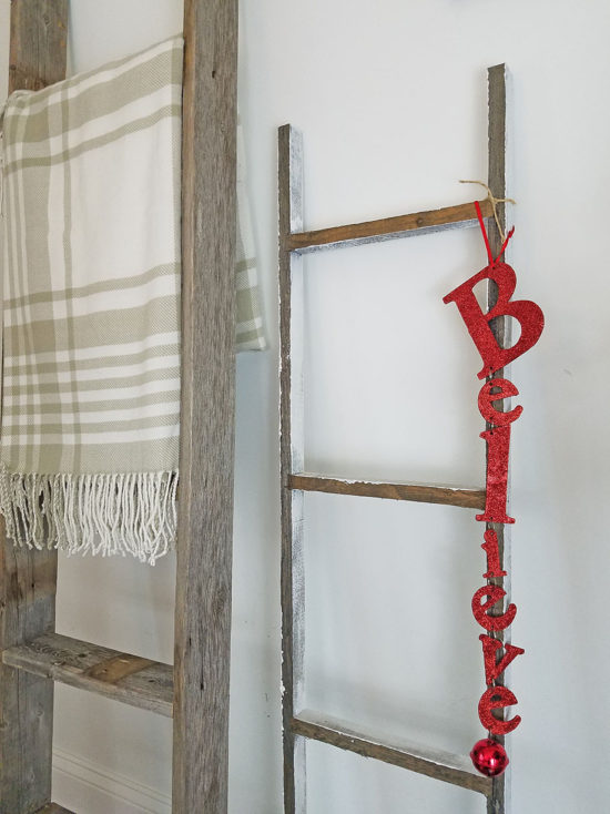 Rustic Blanket Ladders Christmas decorating ideas The Honeycomb Home