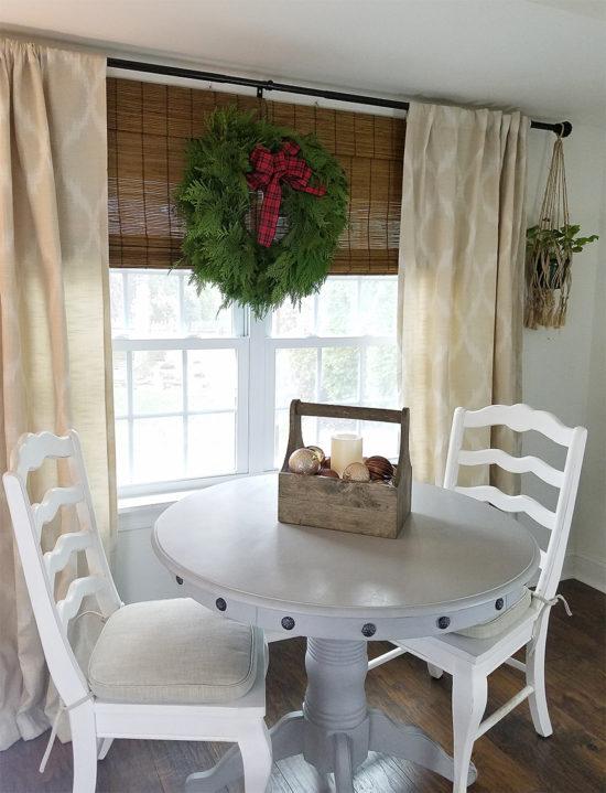 christmas-decorating-ideas-farmhouse-style