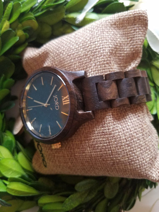 cool-mens-watch-gift-idea