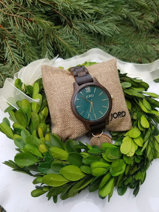 mens-watch-from-jord-gift-ideas