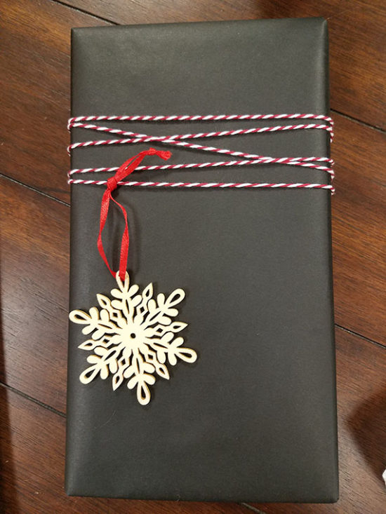 Gift wrapping ideas using bakers twine