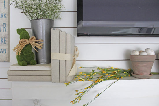 Easter decorating ideas farmhouse style shiplap wall