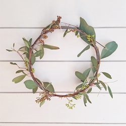 Simple DIY Spring Wreath Eucalyptus FI