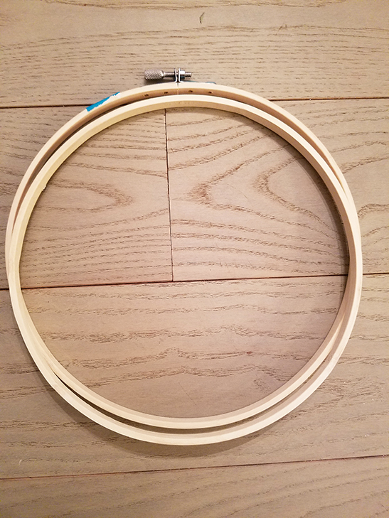 embroidery hoops for a simple diy wreath