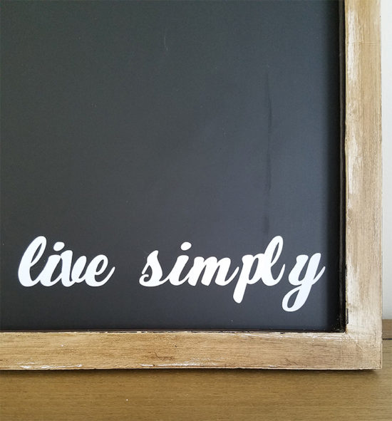live simply...diy magentic chalkboard