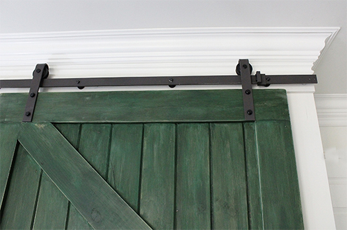 how to build a sliding barn door