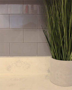 how to install glass subway tile backsplash