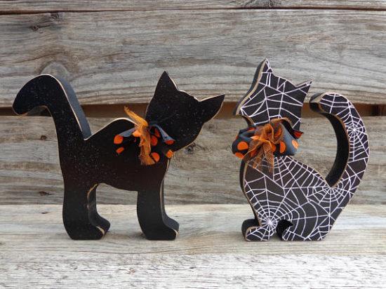 Halloween cat statues
