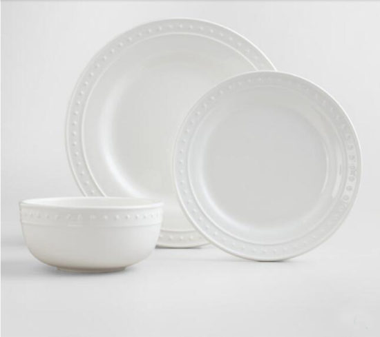 Nantucket white dishes for entertaining, dinner party ideas