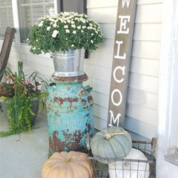 FI small front porch decorating ideas for fall