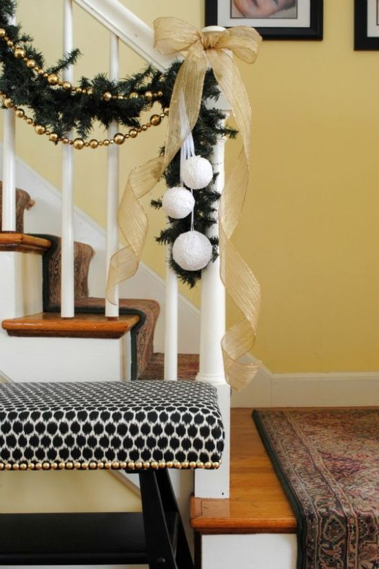 chronicles of home staircase garland