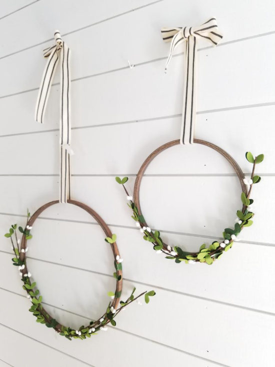 Simple DIY Christmas wreath idea from an embroidery ring