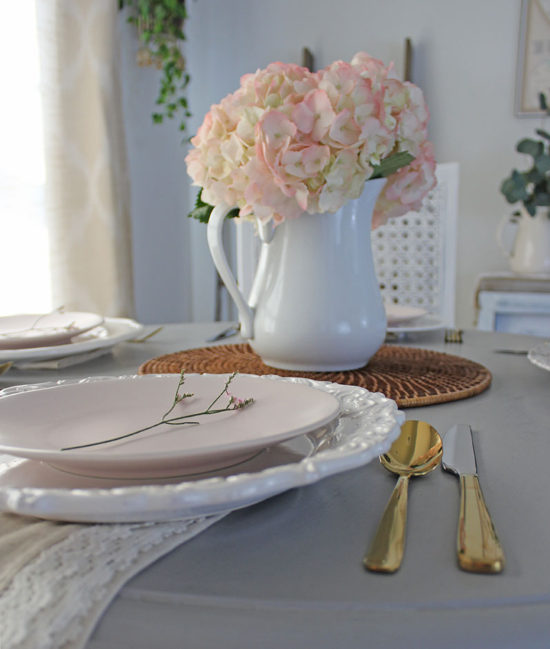 Pink-Hydrangea-Easter-Table-Setting, tablescapes