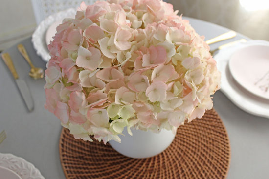 pink hydrangea table centerpieces