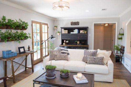 fixer upper favorites living room