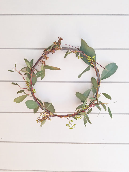 Spring Eucalyptus DIY Wreath Idea, wooden hoop embroidery hoop art wreaths