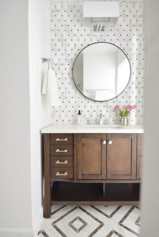 gorgeous small bathroom