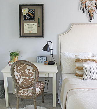 The Property Brothers Custom Framing FI