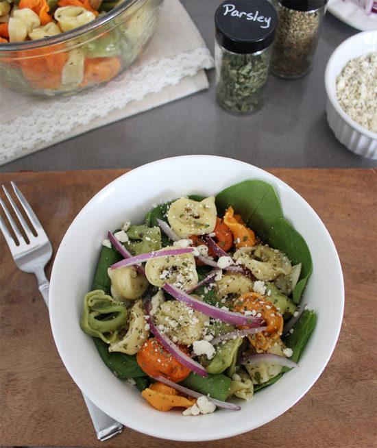 Simple-Tortellini-Salad