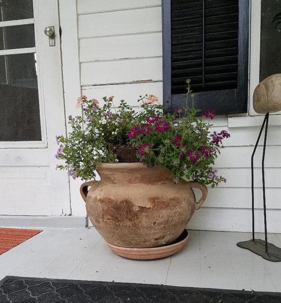 1-farmhouse tour-planter