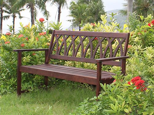 10 Garden Benches