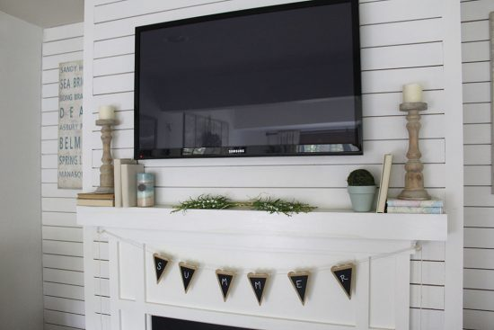 family-room-decorating-ideas,-light-and-bright-for-summer, small family room with fireplace