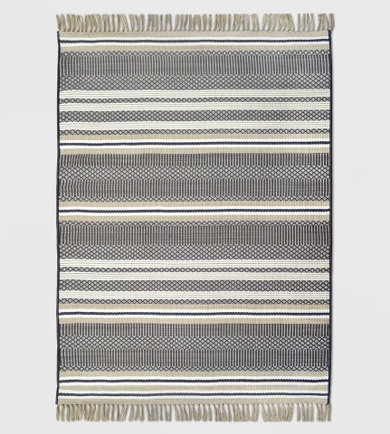 13 Pretty Indoor Outdoor Rugs - The