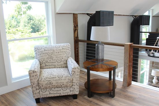 converted-barn-home-tour-vignette