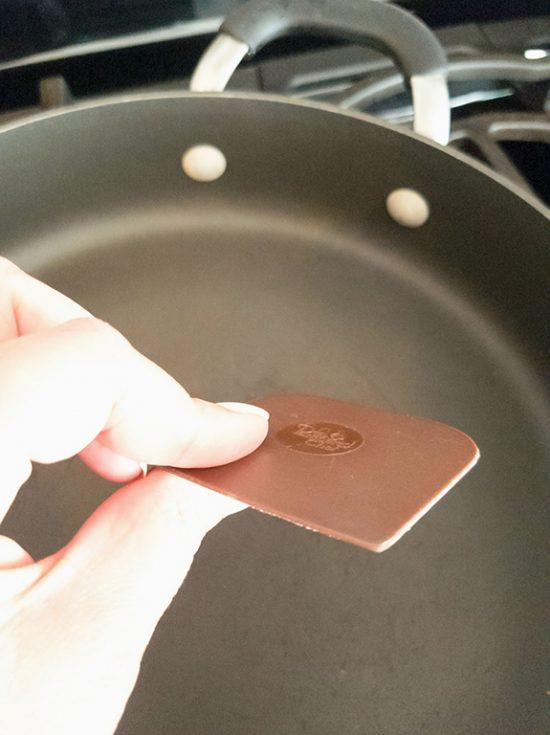non abrasive pan scraper