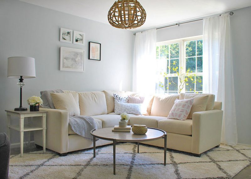 Light-and-bright-living-room-makeover-Bassett-furniture