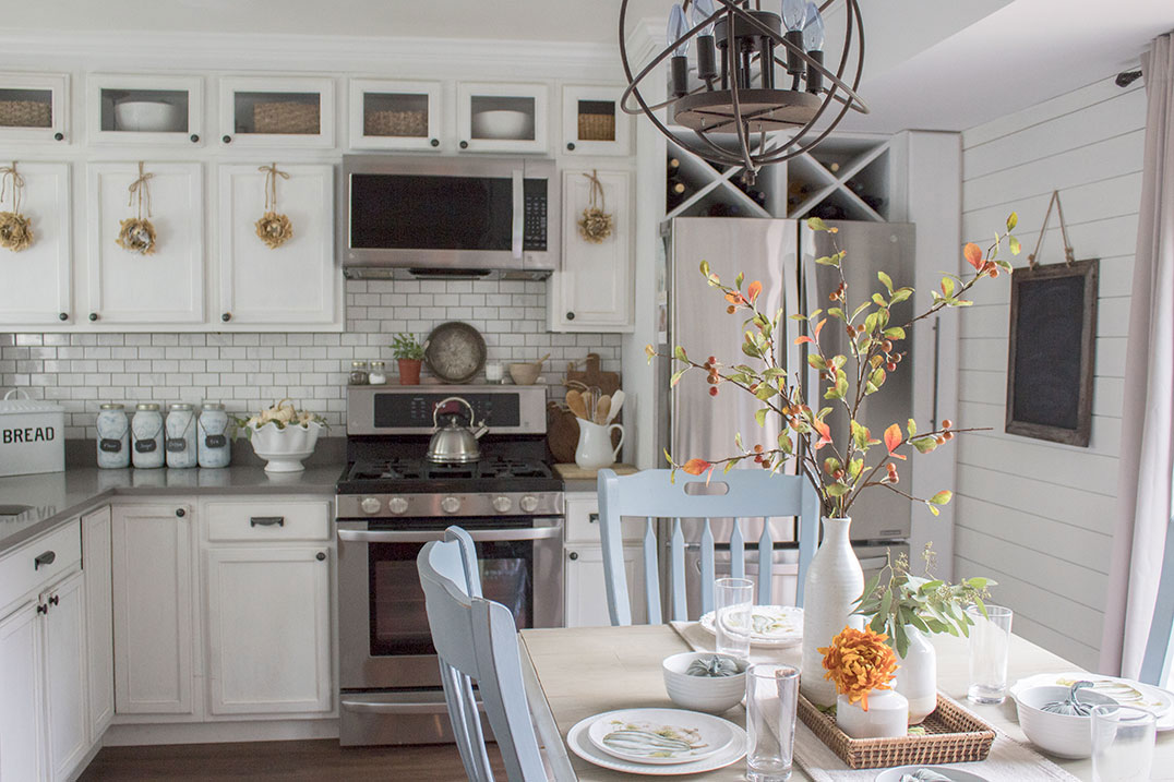 fall-home-tour-kitchen-accents