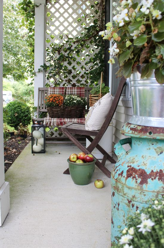 fall-porch-decorating-ideas