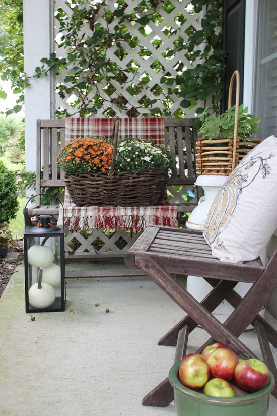 fall-porch-ideas-you'll-love