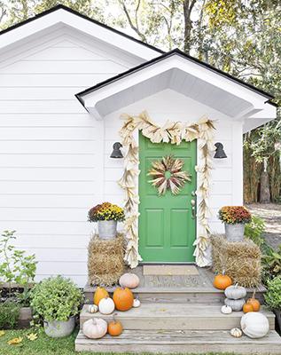 7 Beautiful Fall Front Door Ideas