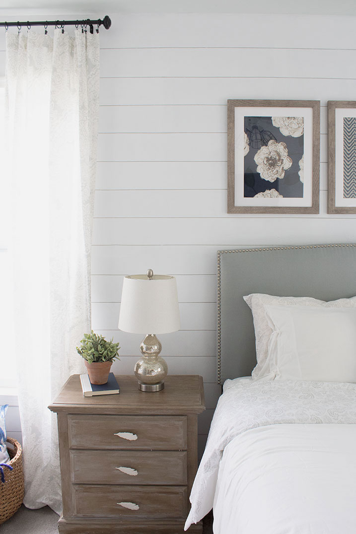 Painting-a-shiplap-wall,-amazing-results!