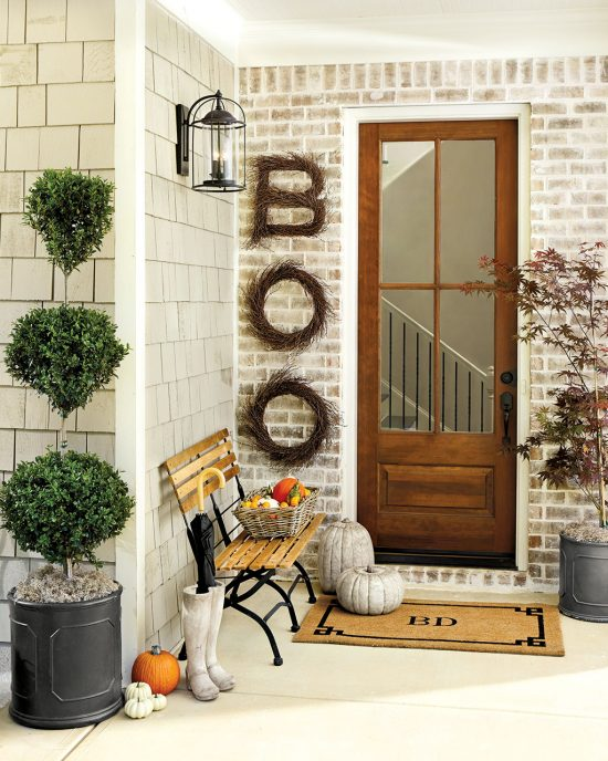 fall outdoor decorating