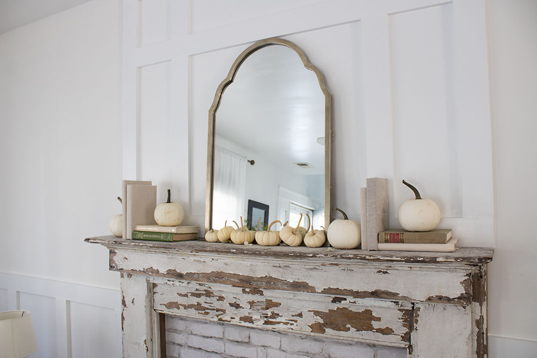 pretty-fall-decorating-ideas with mini white pumpkins