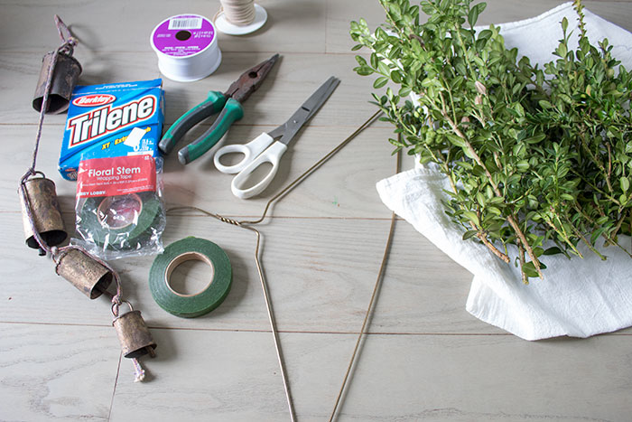 DIY-Christmas-Swag-what-you-will-need