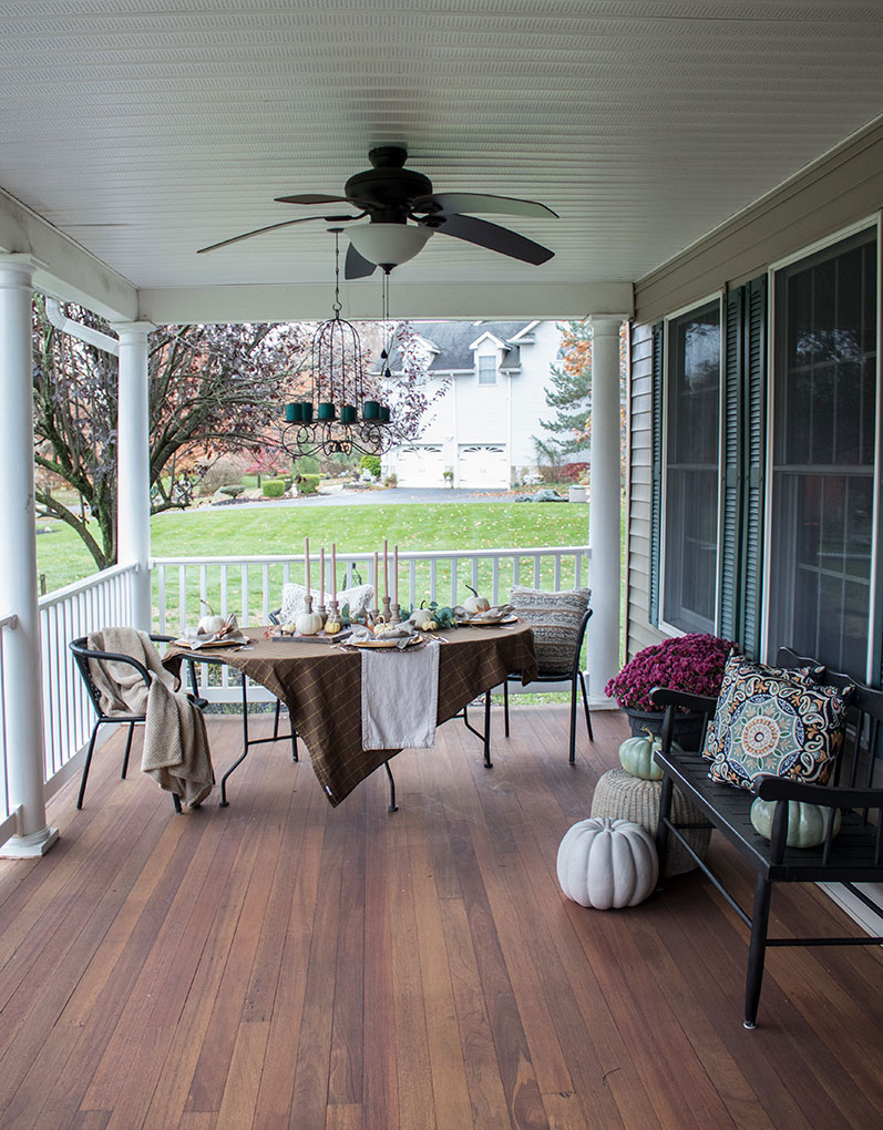Simple-fall-decorating-ideas-for-your-table,-create-a-fall-harvest-theme