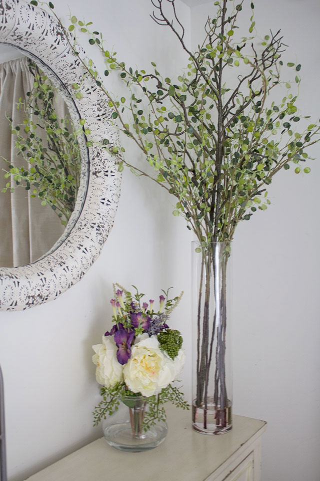 artificial-flower-arrangements-and-plants-for-your-home-that-look-like-the-real-thing,-very-natural!