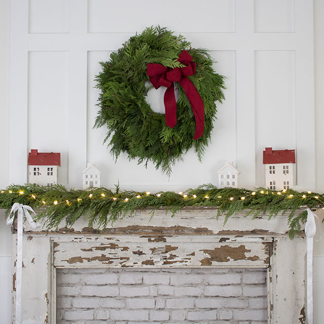 Traditional Farmhouse Style Chrismtas Mantel with wreath and garland