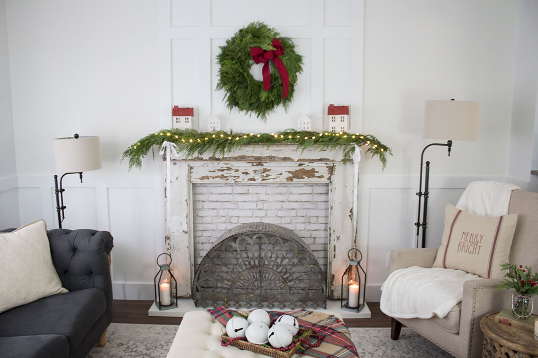 Living-room-decorating-ideas-for-Christmas