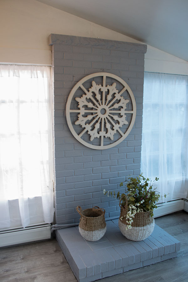 Gray-Painted-Brick-Fireplace,-the-easiest-way-to-paint-brick-for-full-coverage