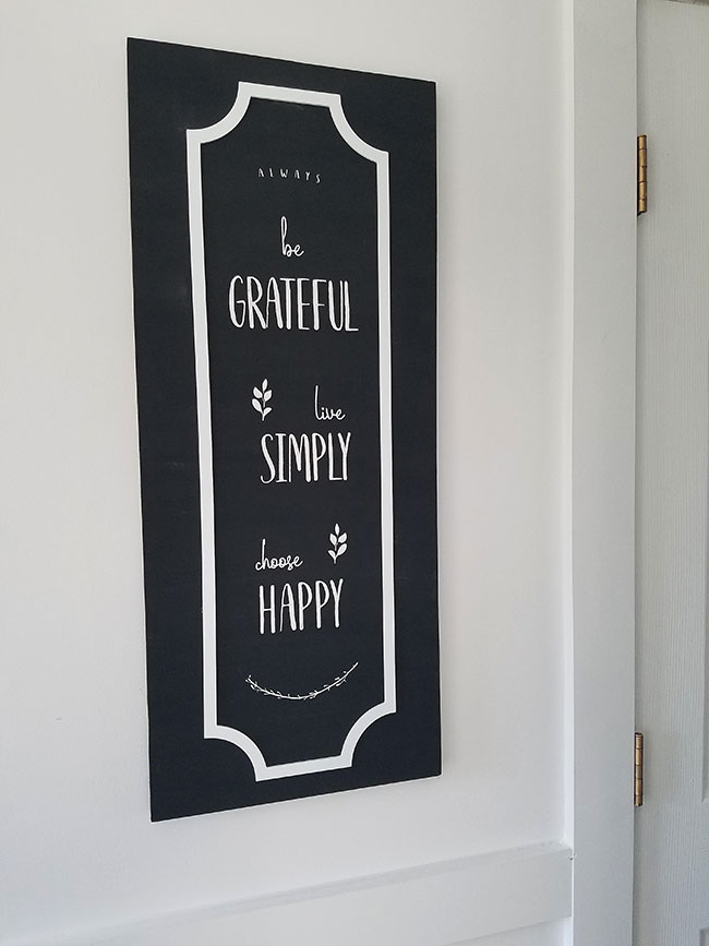 be-grateful,-live-simply-DIY-wall-decor-how-to,-stencil
