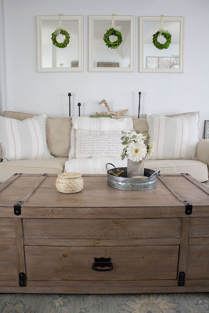 wood-coffee-table-with-storage-space
